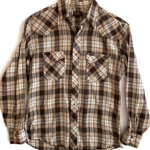 Wrangler XL Pearl Snap Front Long Sleeve Western